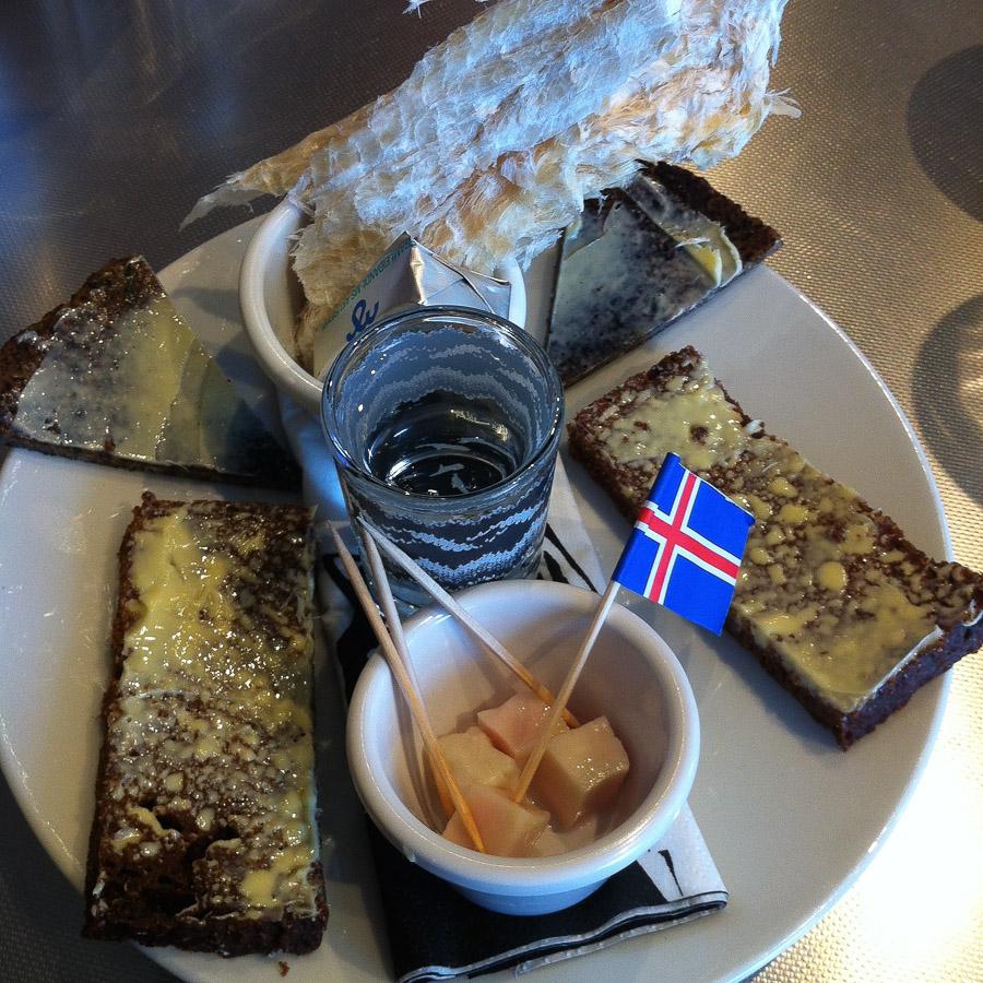 Island Tag 1 -eine Rundreise-